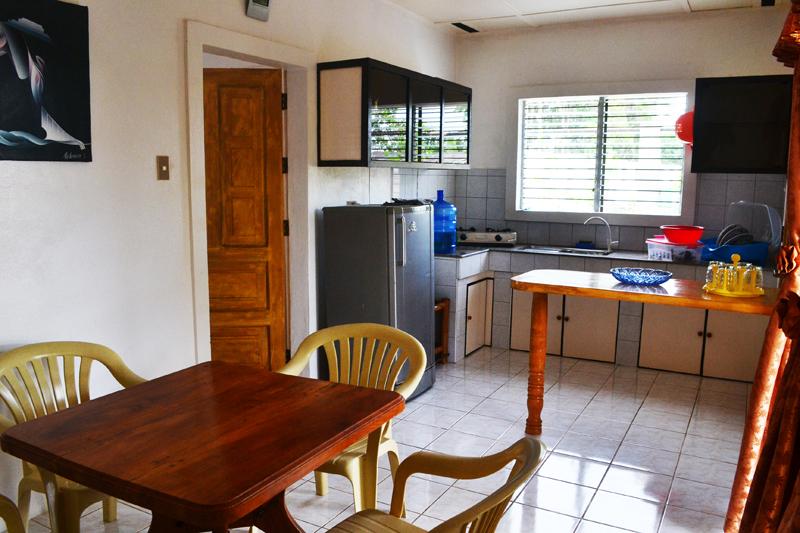 Гостинная и кухня