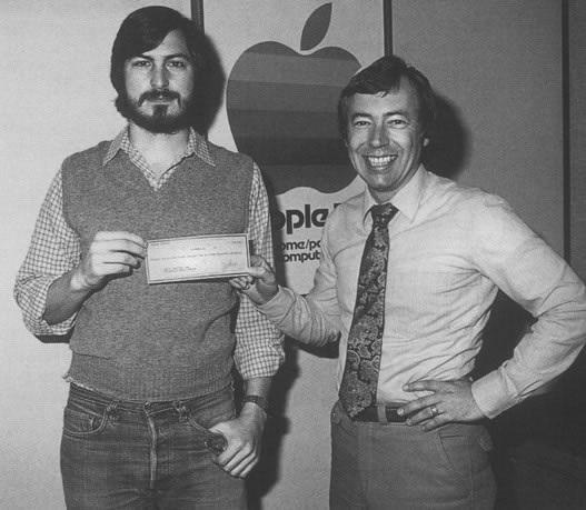 Майк инвестировал 250 000$ в компанию Apple
